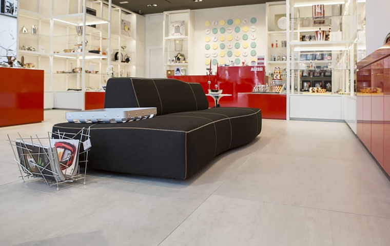 Restyling of the Alessi store